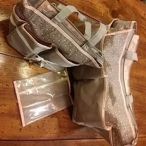 Other - Carter's Diaper Bag Set